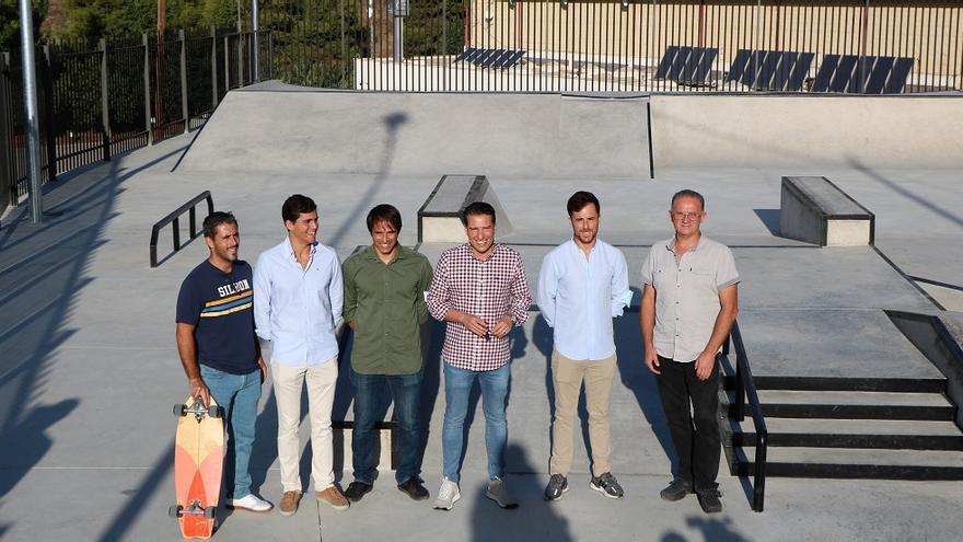 Los jóvenes de Torrox ya tienen un skate park en La Granja