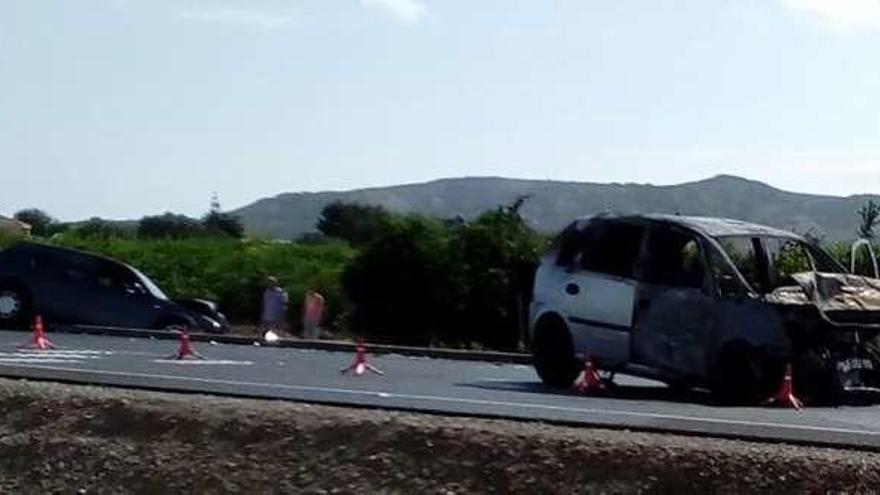 Heridos los ocupantes de dos coches que colisionaron en Alicante