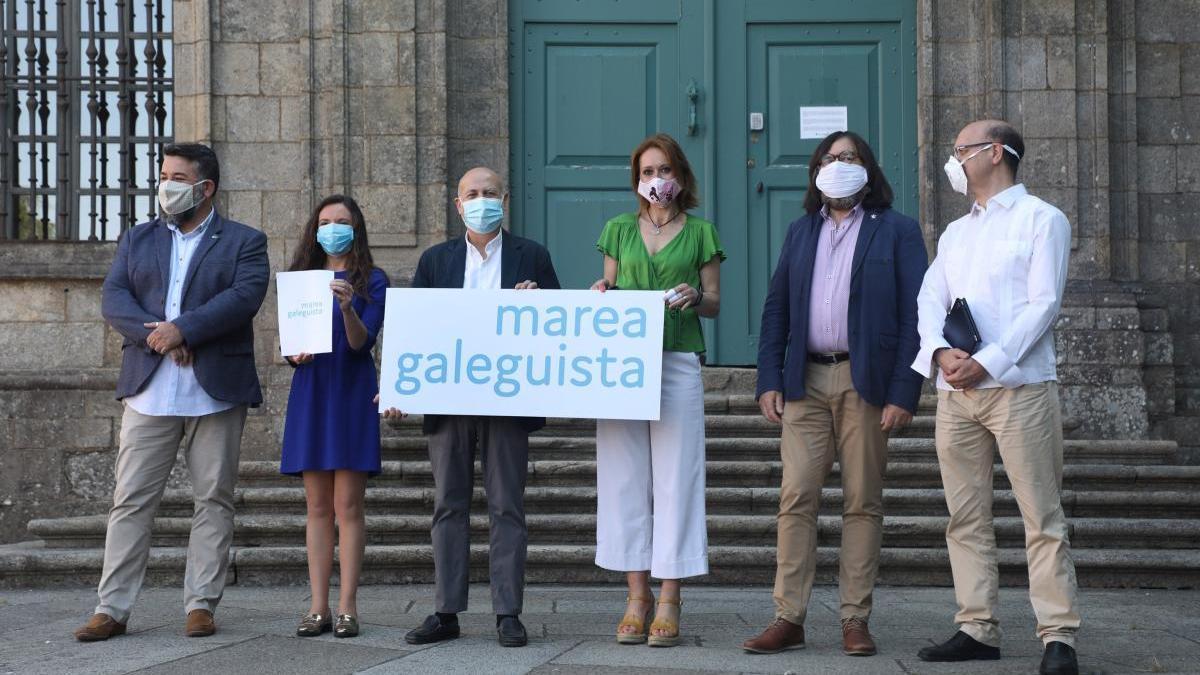 Presentación de la candidatura, esta mañana en Santiago. // Xoán Álvarez