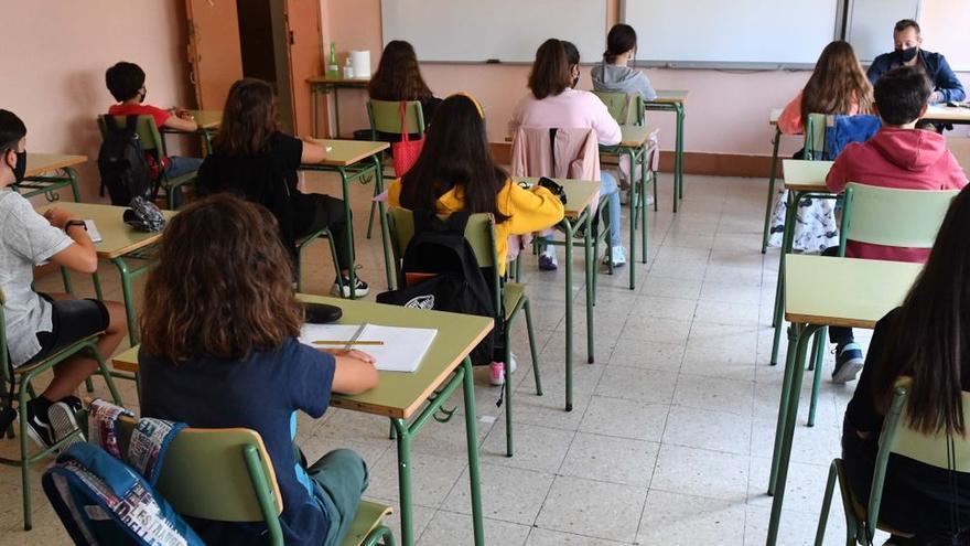 Asturias registra 8 aulas y 190 estudiantes aislados en la última semana por la incidencia de la covid en centros docentes