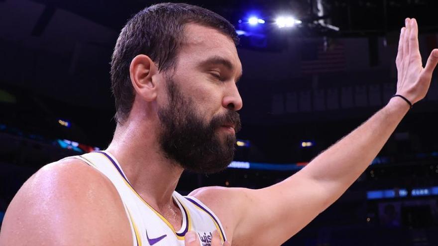 Los Lakers ganan en el regreso a Memphis de Gasol