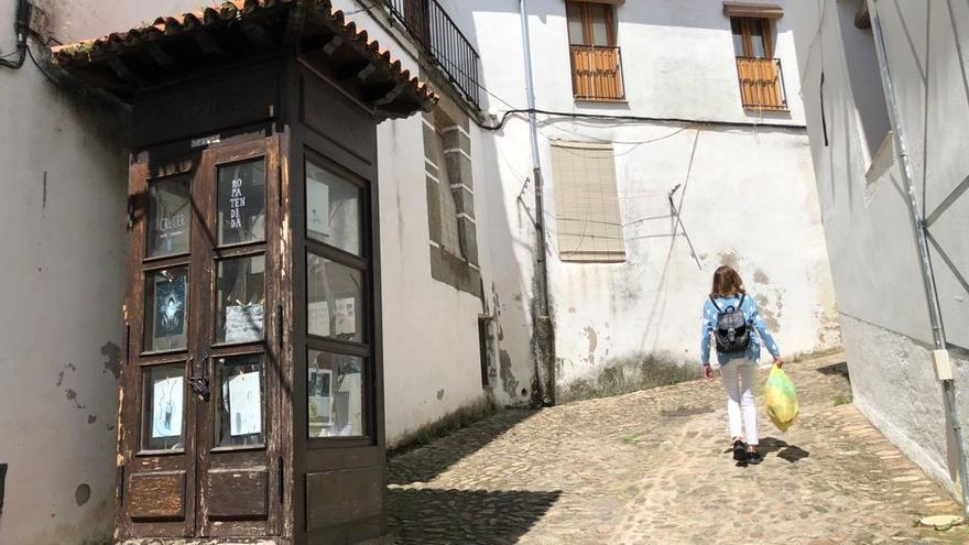 Una cabina como reclamo turístico en Hervás