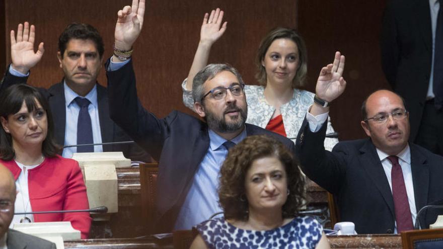 Murcia, primera comunidad en eliminar los aforamientos
