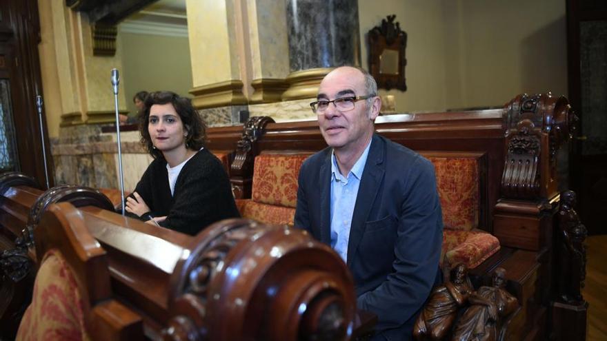La mayoría del pleno insta a la Xunta a elevar su inversión en la ciudad
