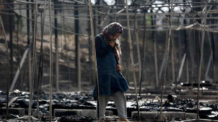 Un devastador incendio deja a un millar de refugiados sin techo en la isla de Lesbos