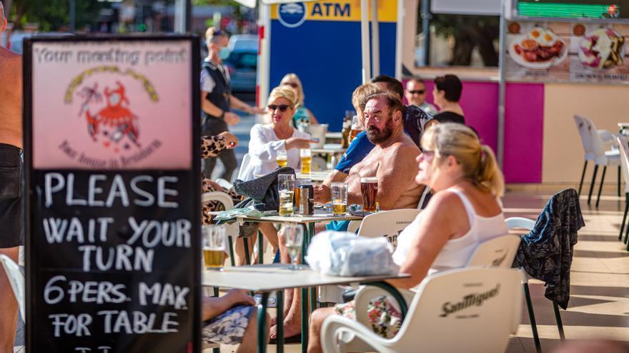CaixaBank y la Cámara de Alicante muestran nuevas oportunidades de negocio para el sector turístico