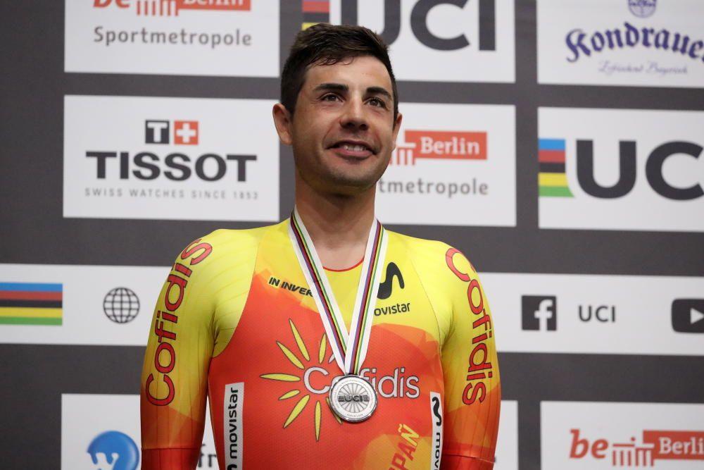 Sebastián Mora, ciclismo en pista