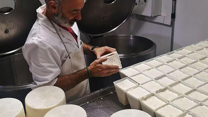 «Vendrem el producte amb un segell de formatge de pastor»