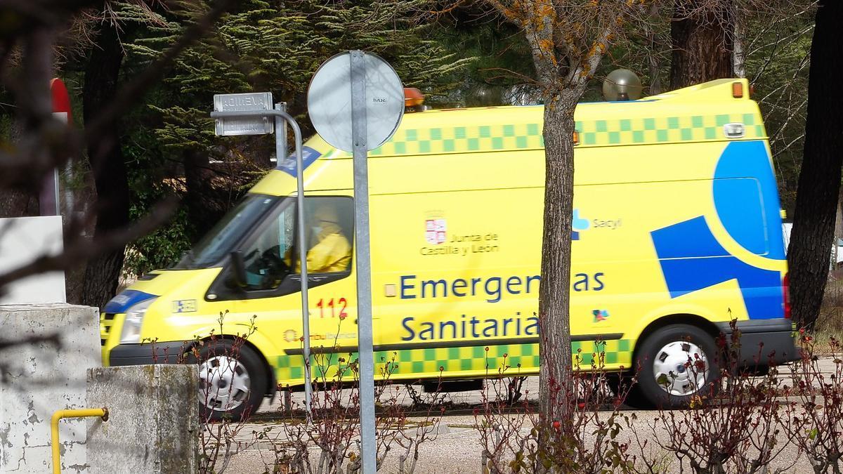 Ambulancia del servicio de emergencias de Castilla y León.