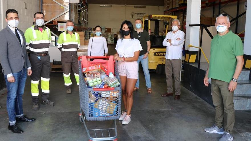 Lafarge dona 7.500 de comida y material higiénico al Centro de Alimentos de Sagunt