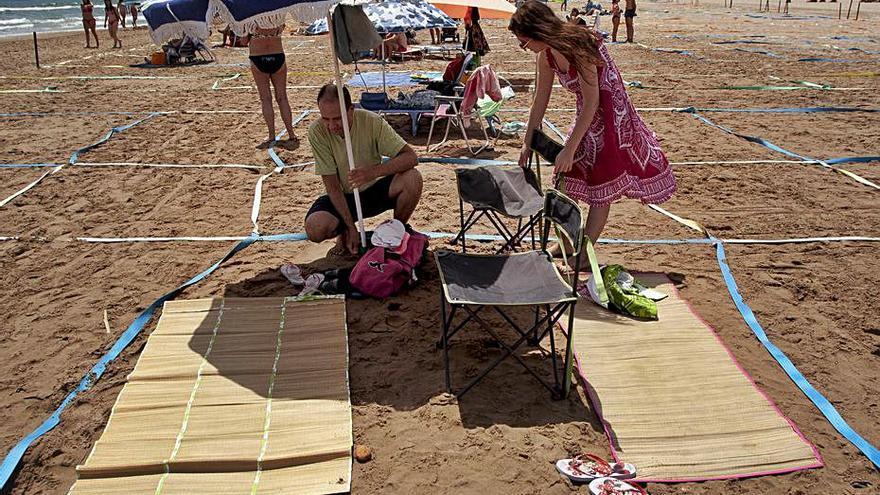 Reconocimiento internacional a Canet por parcelar la playa contra la Covid