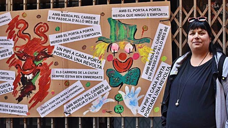 Veïns del carrer Major de Berga efectuen una campanya per combatre l'incivisme