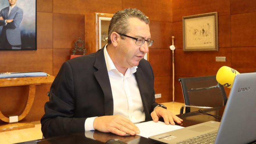 Benidorm aprueba destinar 2,6 millones de euros para ayudar a pymes y autónomos afectados por el  covid-19