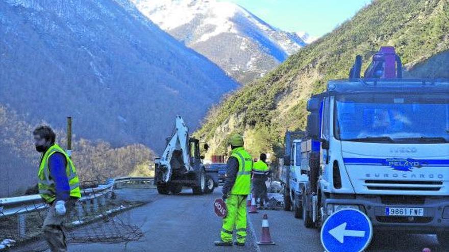 El Principado destina 444.034 euros a obras de emergencia en las carreteras