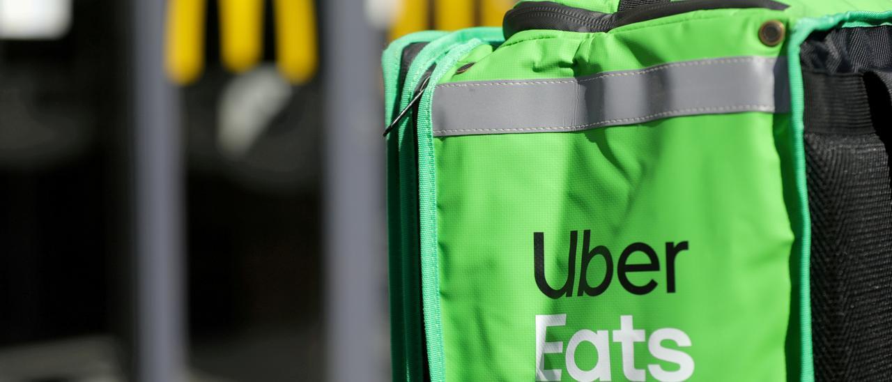 Una mochila de Uber Eats