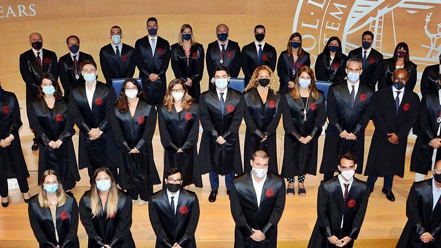 Veinte letrados juraron ayer en la sede del Colegio de Abogados