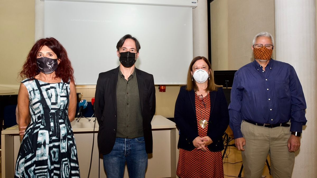 De izquierda a derecha: Teresa Vicente, Pedro Hellín, Alfonsa Ayala y Ángel Pérez Ruzafa