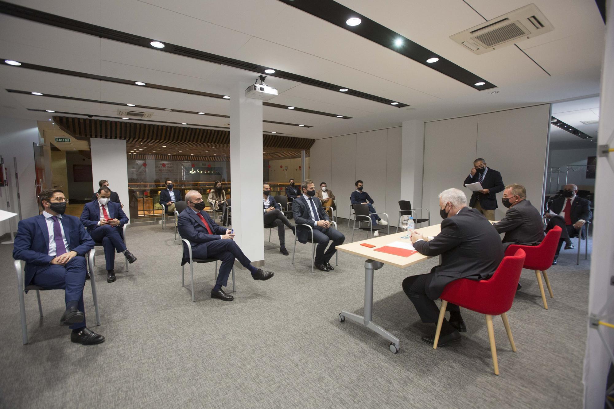 La Cámara y el Santander premian a FacePHI como mejor PYME del año 2020