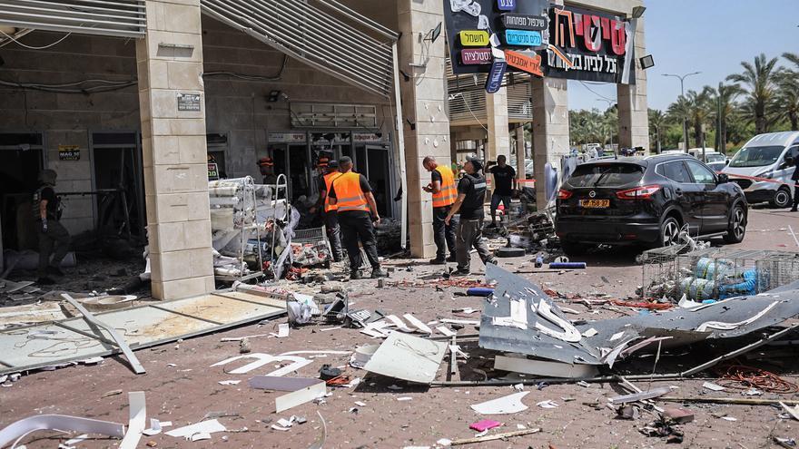 Moren dos civils israelians a Ashkelon per l'impacte d'uns projectils de la Franja de Gaza