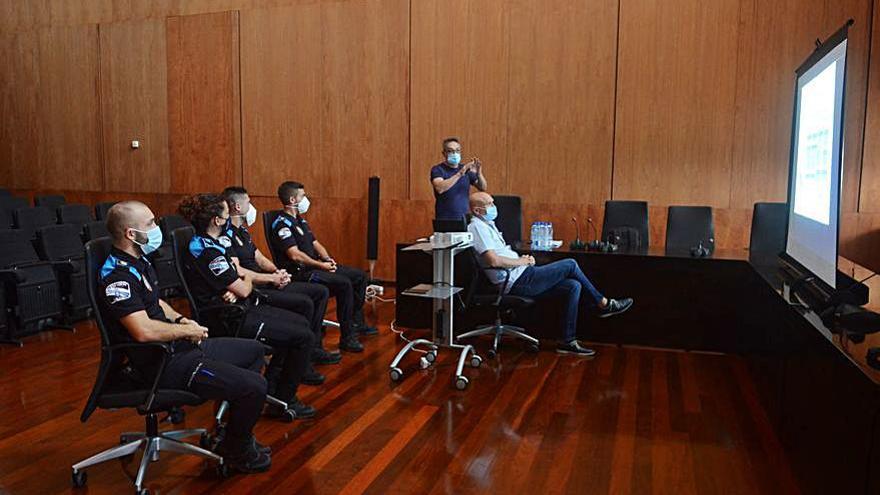 La Policía Local de A Illa se incorpora al programa Xespol