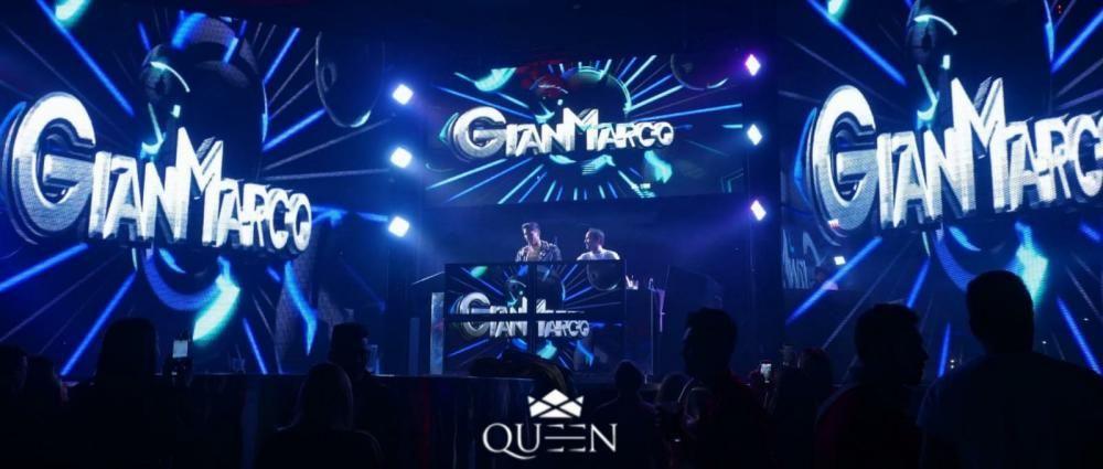 Gianmarco Onestini, ganador de El Tiempo de Descuento, ha pasado el fin de semana de Carnaval en Galicia cumpliendo con dos bolos en las discotecas Queen y Anubis
