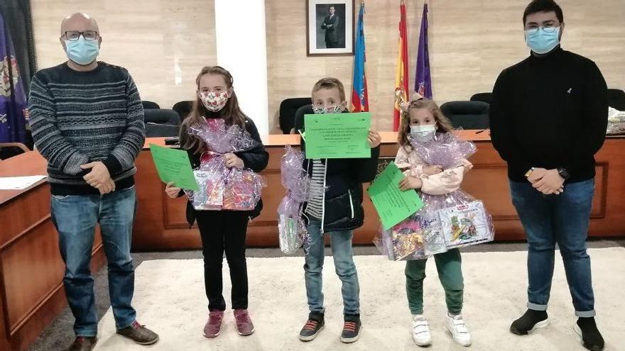 Utiel entrega los premios 'Por una Infancia Feliz'
