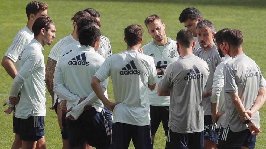 España regresa a Kiev con el recuerdo de su último trofeo