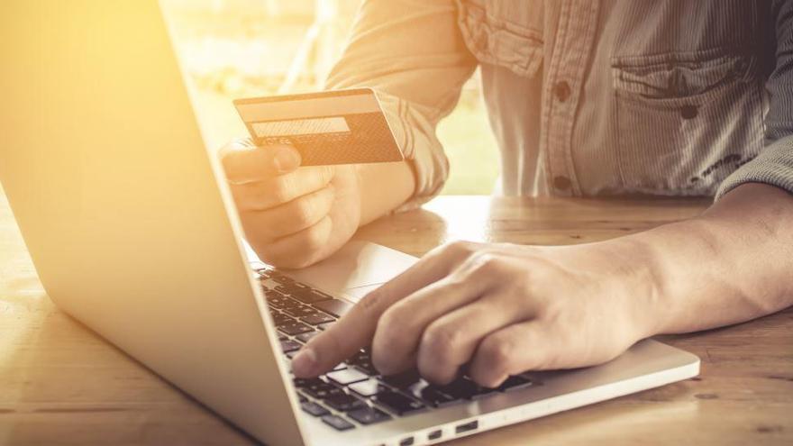 Nace 'deivissacasa.com', la nueva plataforma de compras online en Ibiza