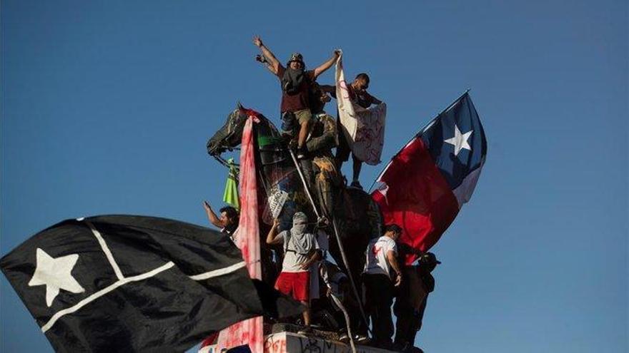 La izquierda avanza en Chile, pero pierde Bolivia