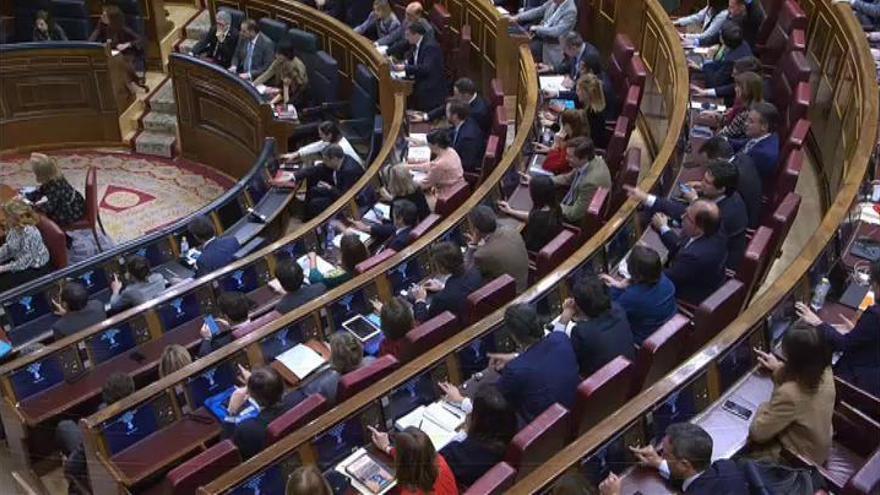 El Gobierno aprueba la subida del salario mínimo a 950 euros