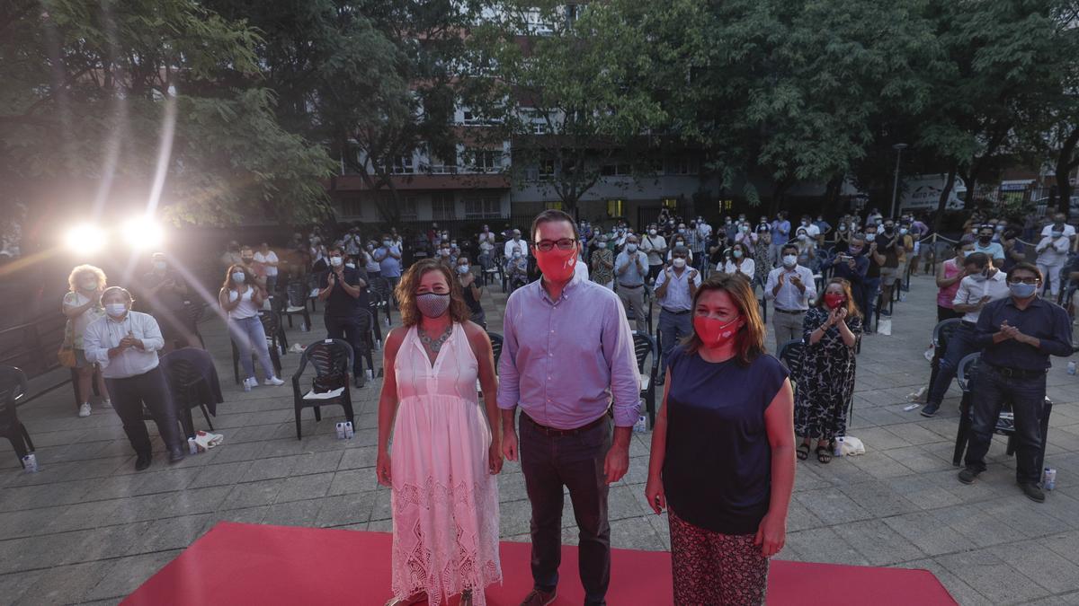 Francina Armengol, José Hila y Mercedes Garrido.
