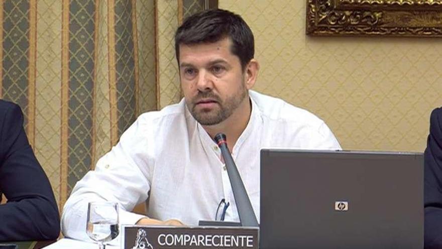 """Víctimas del Alvia exigen responsabilidades políticas por las """"mentiras y presiones"""""""