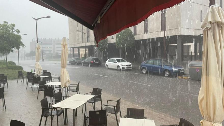 El tiempo en Asturias: tormentas para toda la semana, pero el bochorno no se irá hasta el jueves