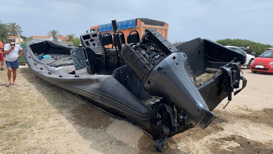 Los narcos se llevan los motores de una lancha interceptada un día antes en una playa de Marbella