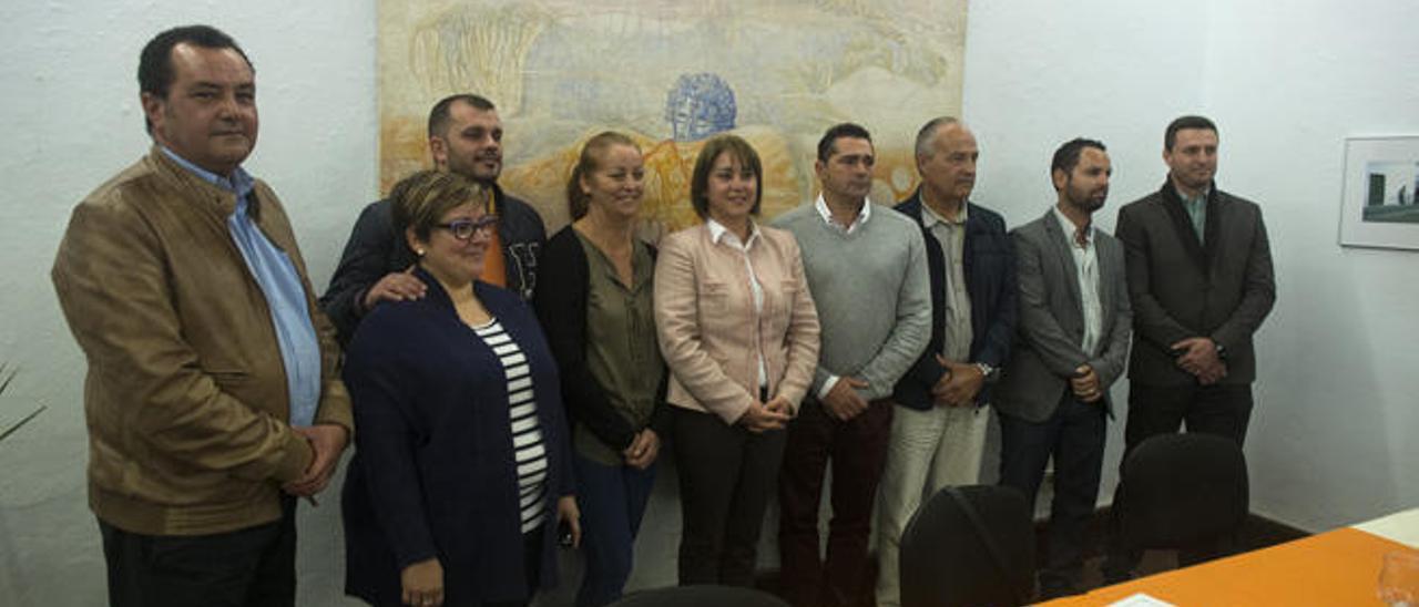 Los diez concejales de Yaiza se niegan a devolver sus actas tras crear otro partido