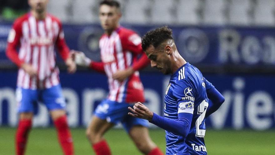 """Tejera, autor del gol del Oviedo en el derbi: """"Nos merecíamos haber ganado mucho antes"""""""