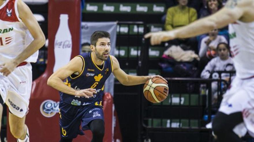 Dura derrota (74-84) del Liberbank Oviedo Baloncesto ante el Huesca