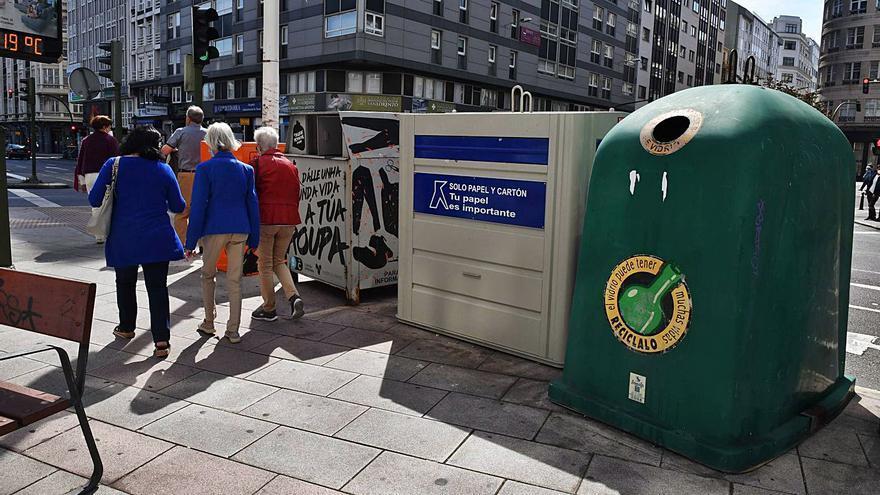 A Coruña registra el peor dato de reciclaje de vidrio en la comarca, con 15 kilos por vecino