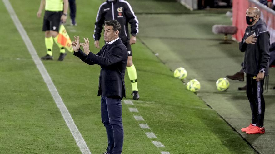 Luis García: «Tengo mucha categoría para no opinar de los árbitros»