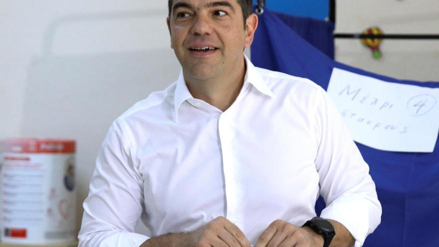 Tsipras reconoce su derrota y felicita a Mitsotakis