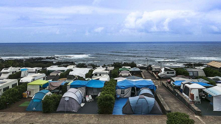 La Isla, el 'paraíso' de las autocaravanas, carece de áreas de servicio específicas