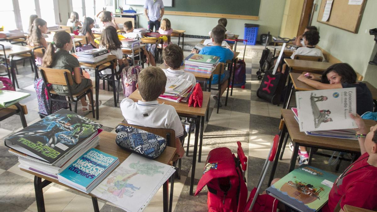 Alumnos de Educación Primaria durante una clase.
