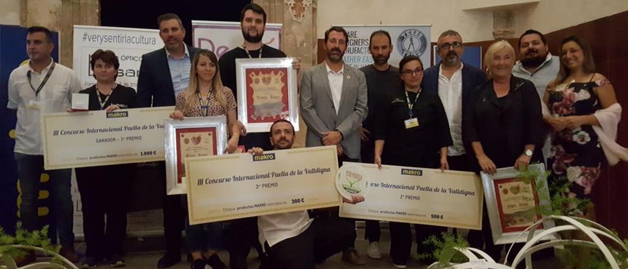 Restaurante Casablanca de Tavernes gana el concurso Paella de la Valldigna