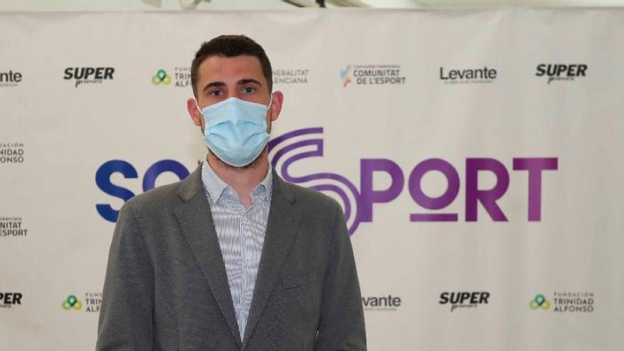 """Daniel Olmos: """"Apoyamos iniciativas que ayudan a  reforzar valores de vida saludable"""""""