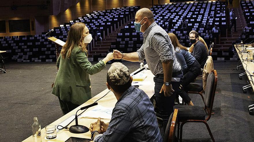 AMF abre una crisis en el Cabildo al pedir a Sandra Domínguez el acta insular