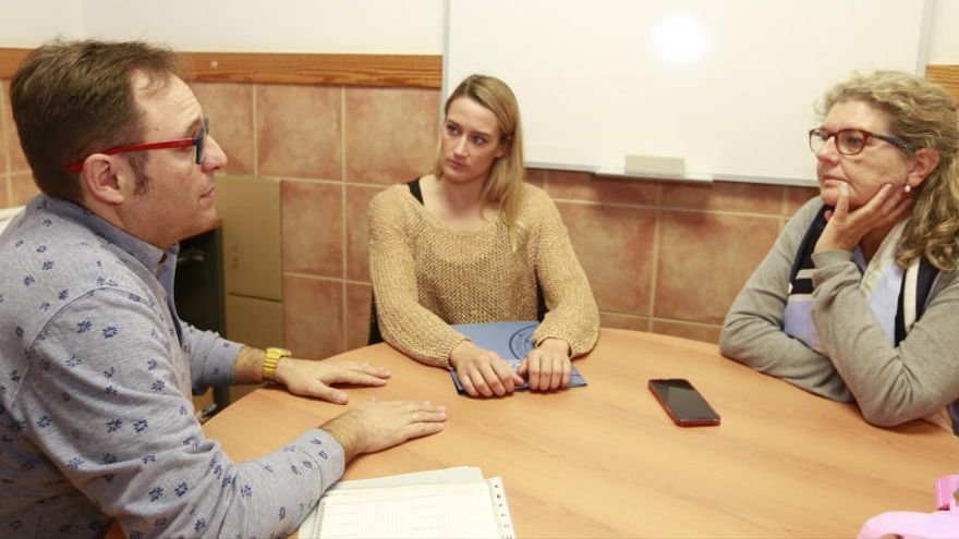 Mireia Belmonte arranca el curso académico en la UCAM