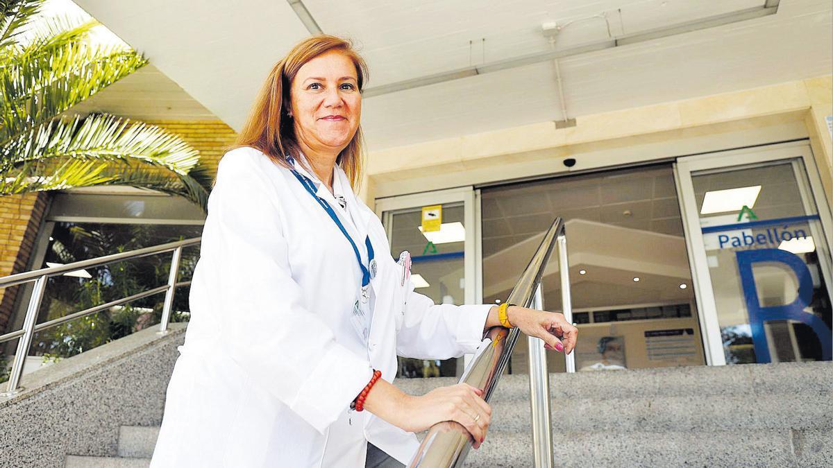 La directora de Enfermería, Carmen Bustamante.