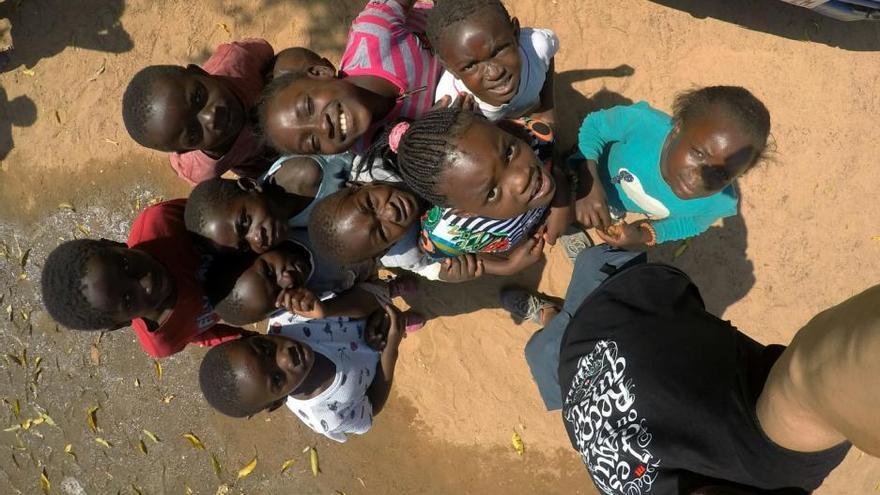 """Los once """"ángeles"""" de Zambia"""