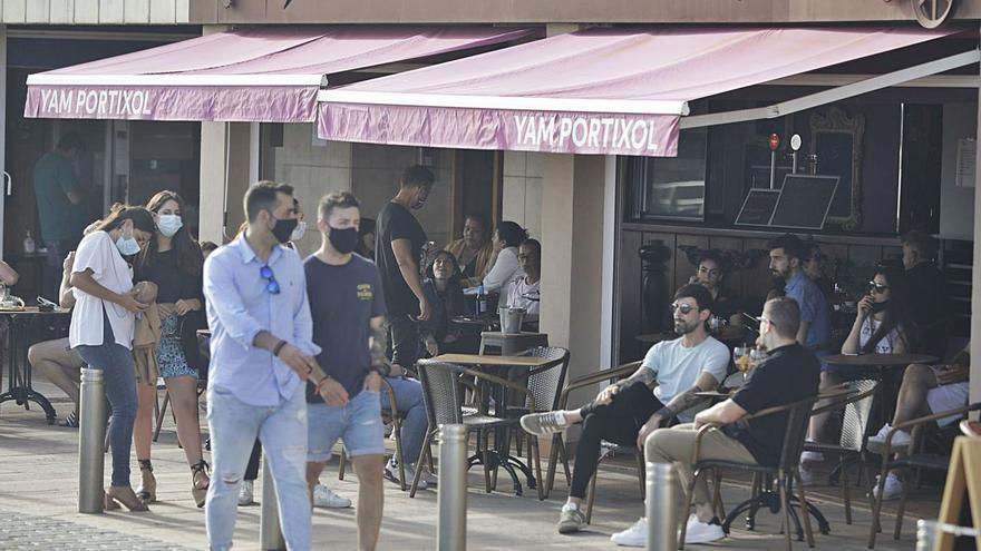 La apertura del interior de los bares será solo para los que no tengan terraza