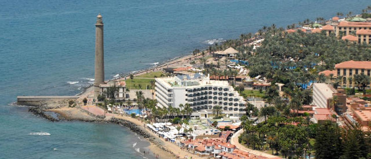 Vista aérea del Faro de Maspalomas y Meloneras.